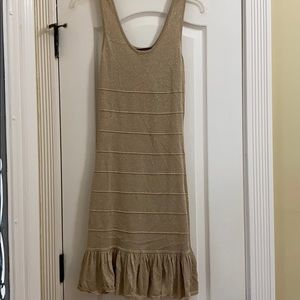 Gold ruffle bottom dress 💛💛